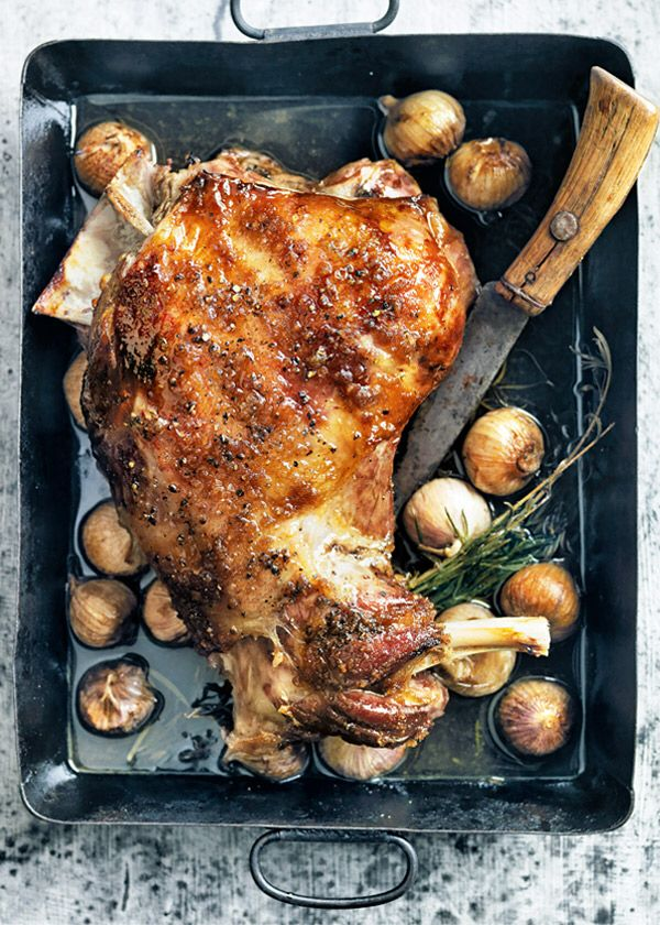 SLOW COOKED LAMB WITH GARLIC AND ROSEMARY