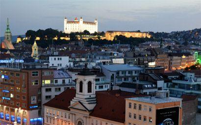 bratislava altstadt im Slowakei Reiseführer http://www.abenteurer.net/2807-slowakei-reisefuehrer/