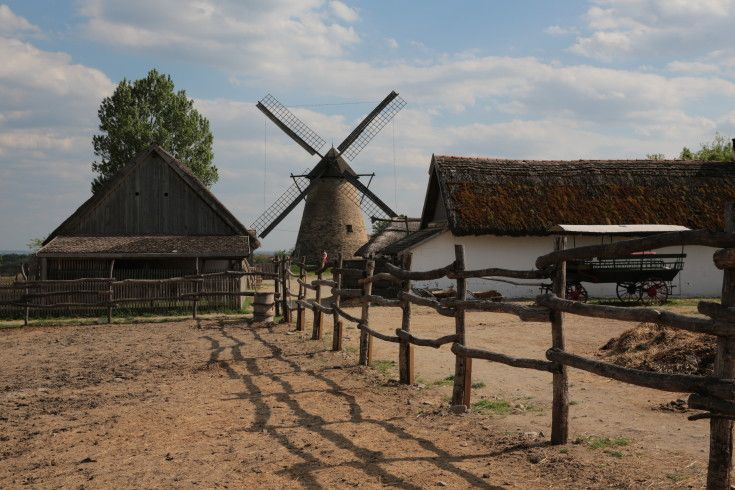 Film and Photo Shoot Locations in Hungary: Ranch Farm, Szentendre