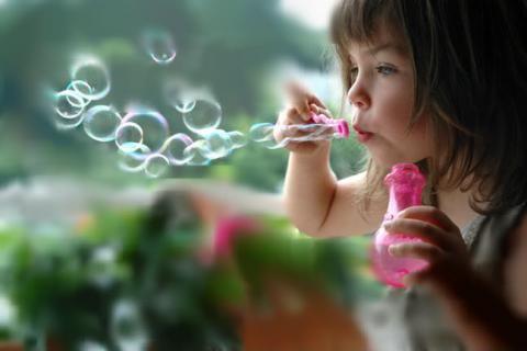 Naučte žiť deti šťastný život v konzumnom svete