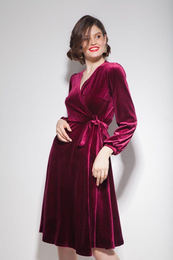 1aa3b18a121e7e4 Платье из бархата на запах миди винное in 2019 | Gift wish list ...