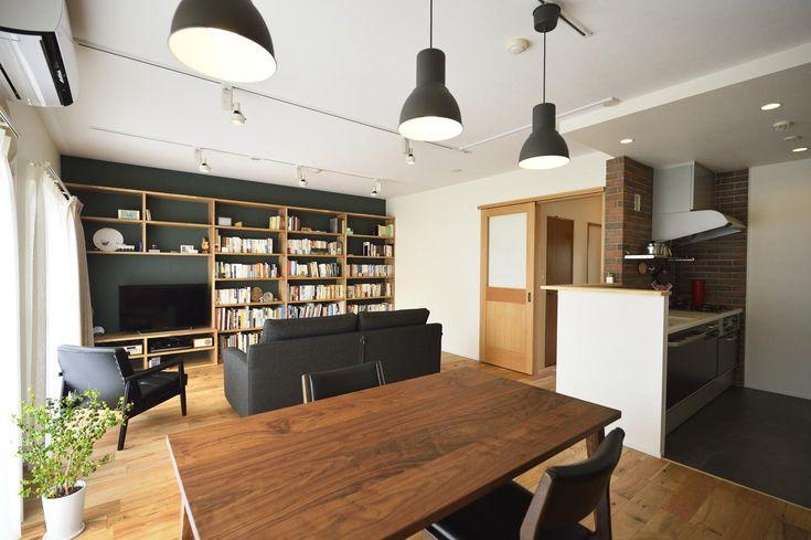リビングは和室とキッチンを一体化して広々としたLDKに。 専門家:スタイル工房が手掛けた、落ち着きのある広々LDK(K邸・暮しを彩る収納のある家)の詳細ページ。新築戸建、リフォーム、リノベーションの事例多数、SUVACO(スバコ)