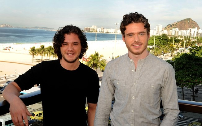 "Atores de Game of Thrones no Rio: ""Não estamos acostumados com tanto assédio"": Winter, Stuff, Kit Harington, Funny, Gameofthrones, Jon Snow, Game Of Thrones"
