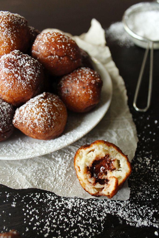 mini ricotta donuts stuffed with nutella.