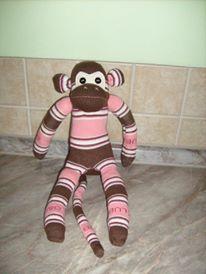 Opička z ponožky. Ručně šitá.