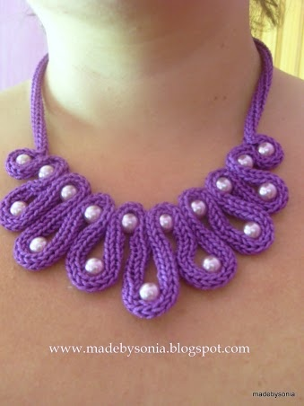Necklace inspiration using crochet or knitted i cord.