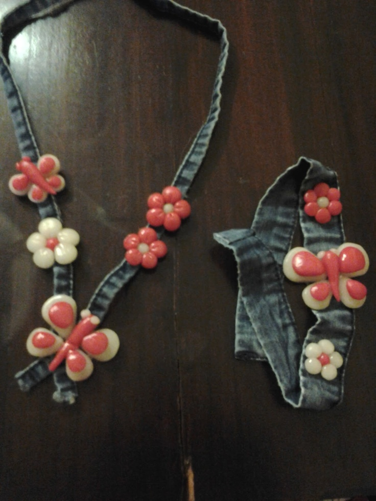 denim necklace : Con le mani in pasta di MAIS: Collane farfalle e fiori per la festa della mamma........