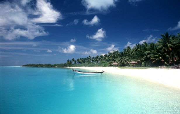 Want to go to these islands! Lakshwadeep is beautiful!