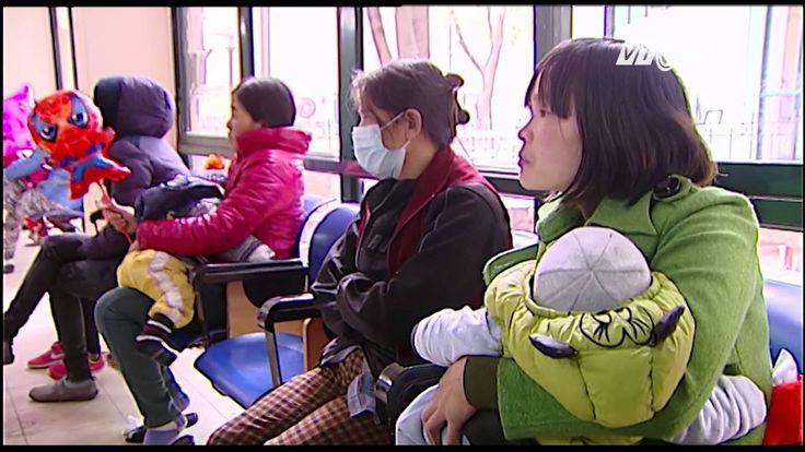 (VTC14)_Nhiều bệnh viện liên tục quá tải sau Tết