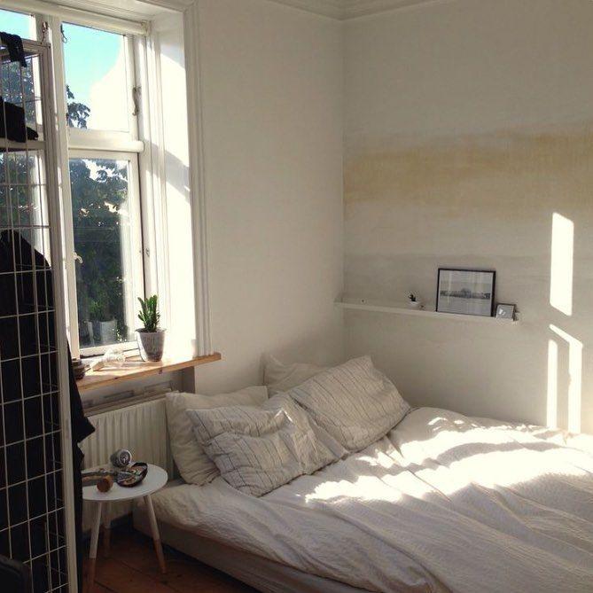 أشياء حلوة في الـحياة البحر القهوه الصباح وأمي وإبـوي Bedroom Inspirations Room Inspiration Bedroom Decor