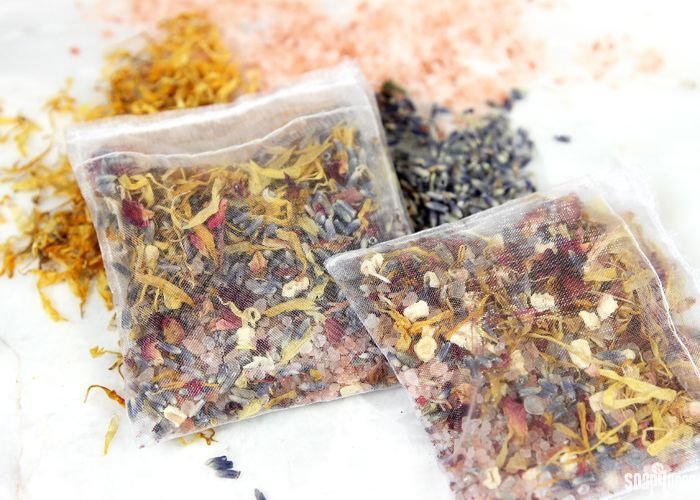 Homemade potpourri is such an easy and fun project. I love having sachets for my clothing drawers. They make my clothes smell fresh and clean. Making your own potpourri also means that you can customize your blend with any fragrance or essential oil you prefer. I love the classic scent of lavender. For these Potpourri …