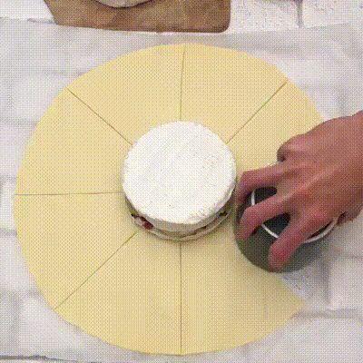 Camembert Surprise #recipes #gifrecipes