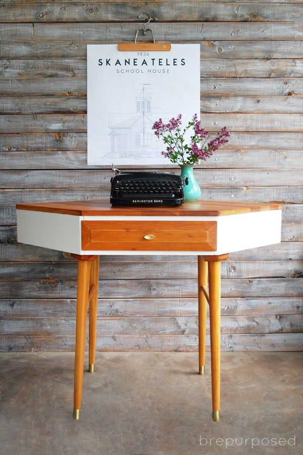 Mid Century Modern Corner Table Makeover - brepurposed