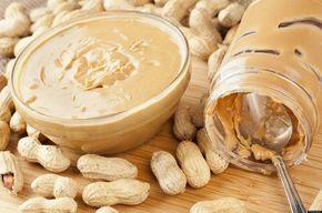 Beurre de cacahuetes maison : 200g cacahuètes + 2-3 cuillère soupe huile + 1 c. soupe miel liquide + sel