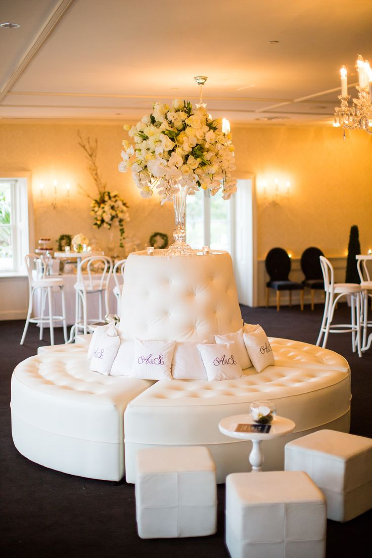 All white engagement party styling with florals by @oliviamaiolo