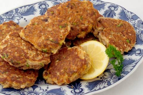 South African Fish cakes made from canned fish (viskoekies)
