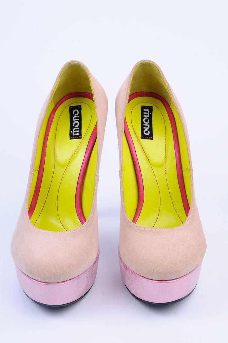 http://www.myfashionizer.ro/rochii-elegante/pantofi-dama-piele-aurii-luciosi