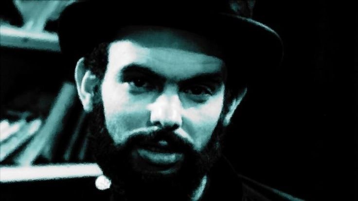 At Midnight I'll Take Your Soul (1964) - Coffin Joe terrorizes a small peasant community in his search for the perfect woman to bear him a child.