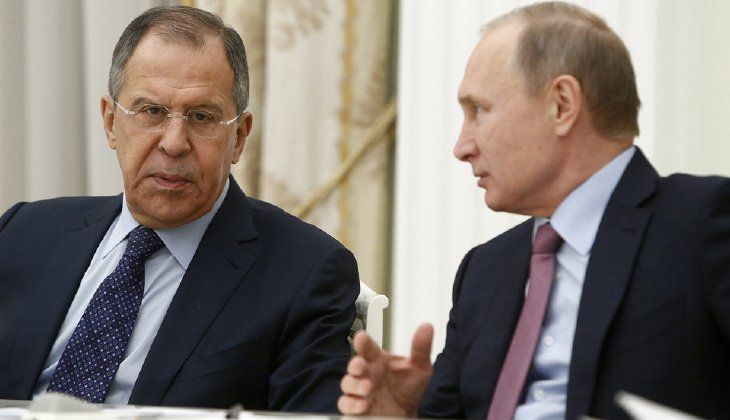 Russian Foreign Minister Sergey Lavrov tells President Vladimir Putin to strike back at President Obama's move to expel 35 Russian diplomats by removing 35 American diplomats. (Sergei Karpukhin/Pool Photo via AP)