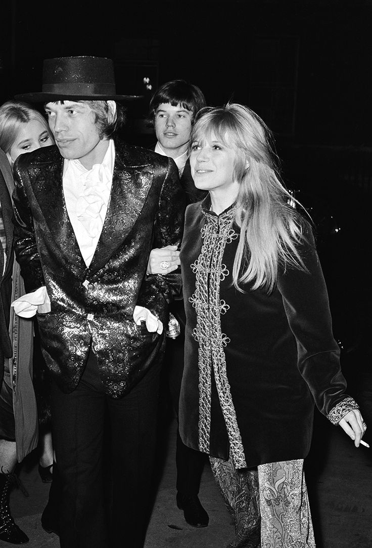 Mick Jagger and Marianne Faithfull - with Mick's brother Chris in tow - arrive at the Royal Opera House   February 1967