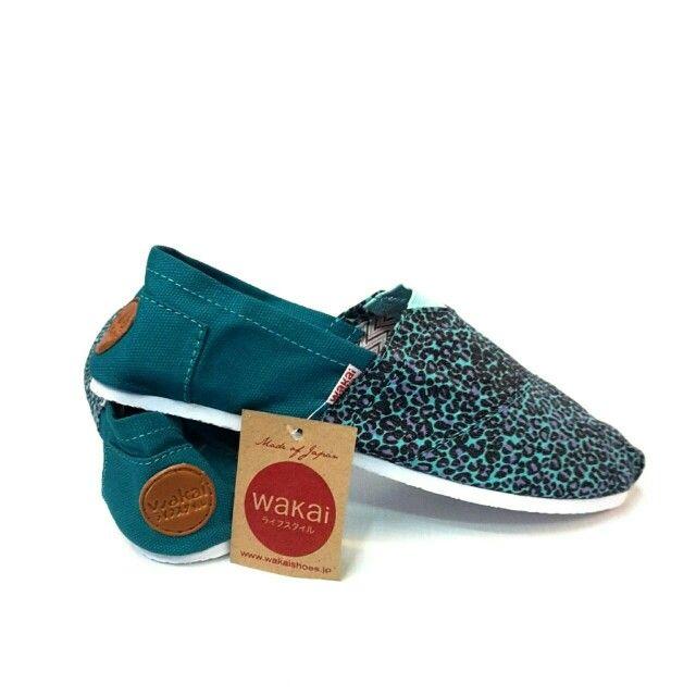 Wakai Kids atau sepatu2 kece lainnya yukkk follow IG kita @tokobelibeli
