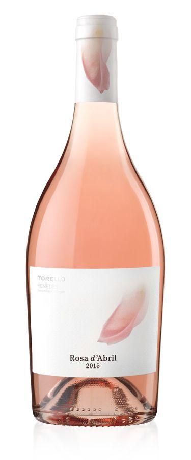 "Packaging para el vino rosé ""Rosa d'Abril"" de Torelló.–Packaging design for rosé wine ""Rosa d'Abril"" of Torelló."