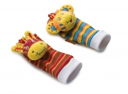 Babymoov Baby Socks Zebra and  Monkey. Your baby loves playing with and discovering different parts of his body! You can play with him too with these fun educational socks and use them as a hand puppet.