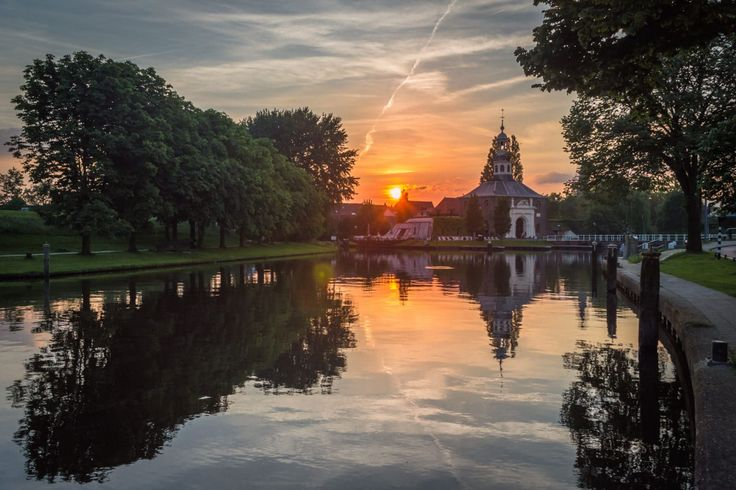 Just a little bit south of Amsterdam is the classic Dutch university town of Leiden. I love it! (and you'll love it too after these 12 amazing pictures)