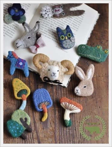 felted animal brooches