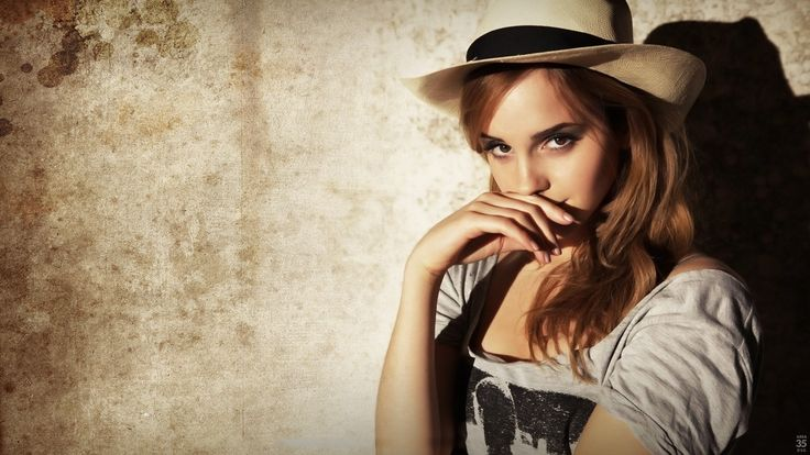 Emma Watson Eyes Wallpaper - WallArc