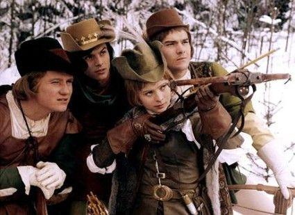 Tri orisky pro popelku / Drei Haselnüsse für Aschenbrödel / Three wishes for Cinderella. Who says a girl can't hit target?