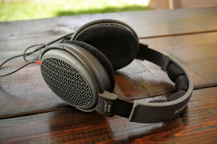 Sennheiser HD580 Circumaural Headphone