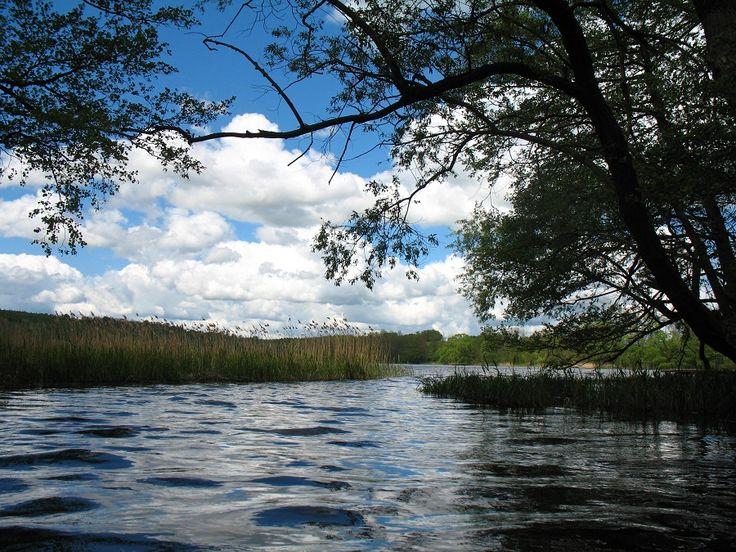 Krajobrazy na szlaku Dajny są przepiękne.  www.it.mragowo.pl
