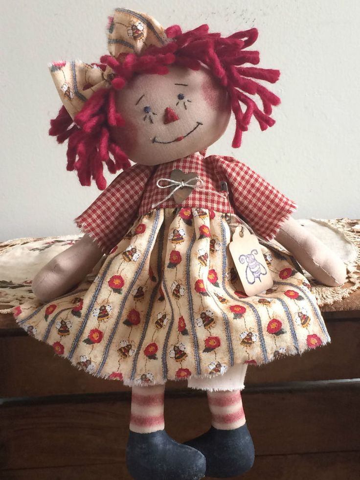 Primitive Raggedy Ann Bumble Bee & Flower Annie #PrimitiveRaggedyAnnie