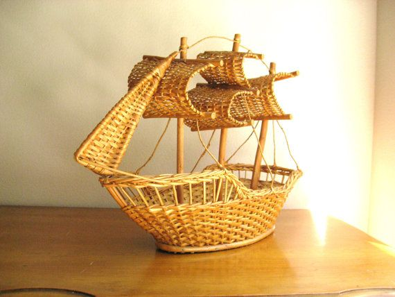 Vintage Wicker Basket Clipper Ship, Nautical Fruit Bowl, Wicker Container, Tall Ship, Pirate Ship Basket