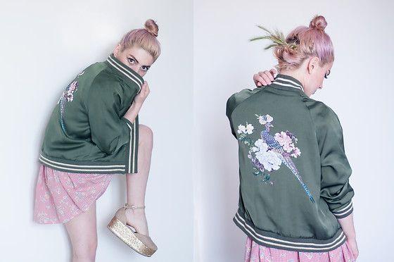 Irinka Andreeva - Stradivarius Bomber Jacket - Sakura Flower