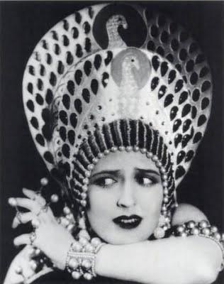 Carmel Myers dans Ben Hur (1925)