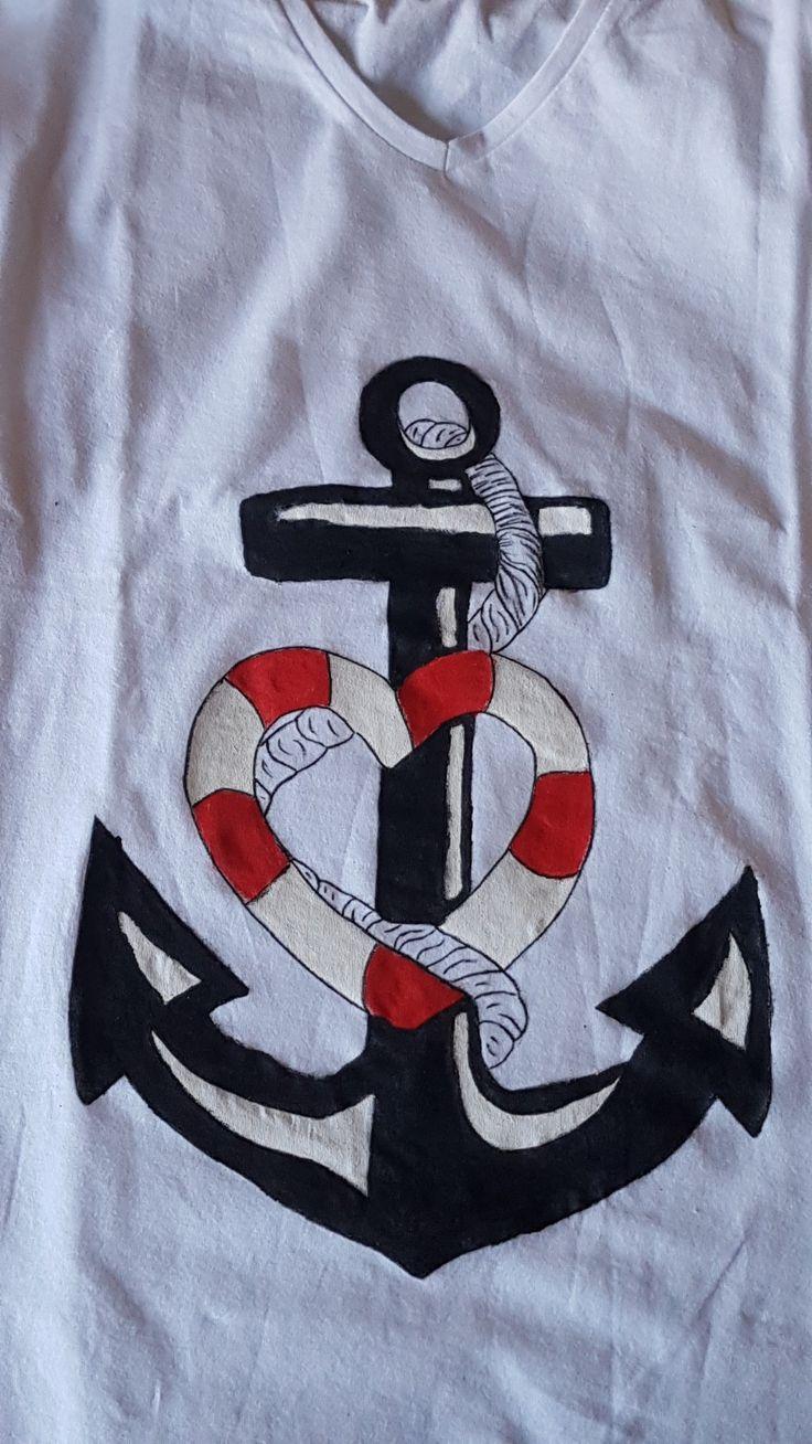 T-shirt ancora cuore dipinta a mano