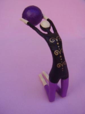 gimnasta, acrobata figura papel cartapesta
