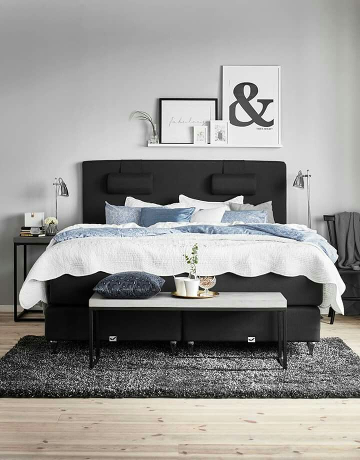 regal ber bett schlafzimmer schlafzimmer regale. Black Bedroom Furniture Sets. Home Design Ideas
