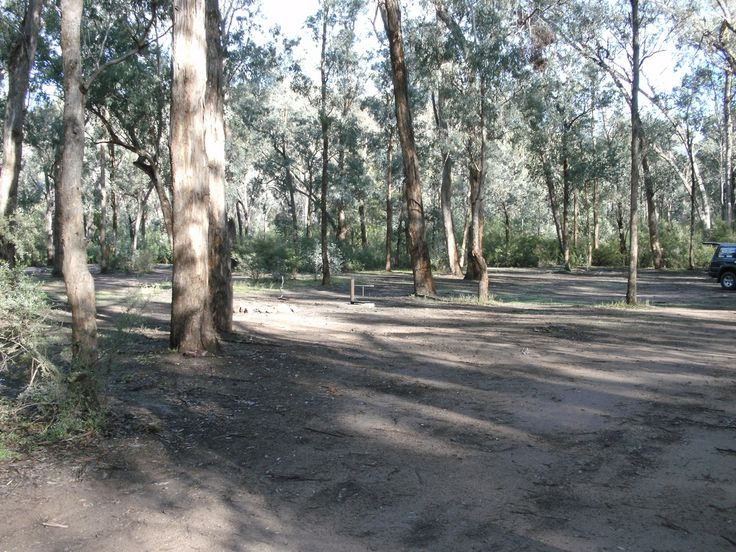 Victorian Free Camping: Huggetts Crossing Camping Area