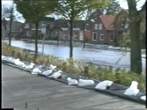 Oude pekla Oude Film Hoog Water in Pekelderdiep - YouTube