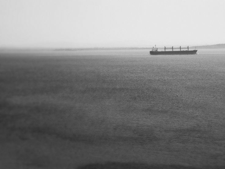 black&white ship