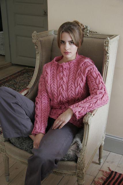 :Vildros Pullover pattern by Cornelia Tuttle Hamilton