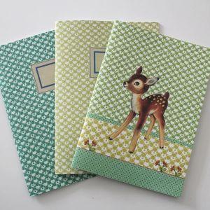 3 cahiers de notes verts Froy & Dind. En vente sur http://www.chatfoin.com
