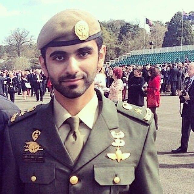 Shk. Mansoor MRM, graduación, Royal Military Academy Sandhurst, 11/04/2014