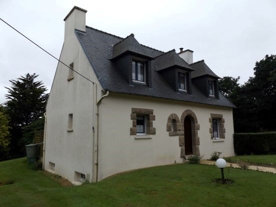 3/4 Bedroom Beautiful Neo Bretagne Home located near 29650 Botsorhel |