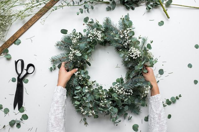 Méchant Studio Blog: a natural Christmas Wreath