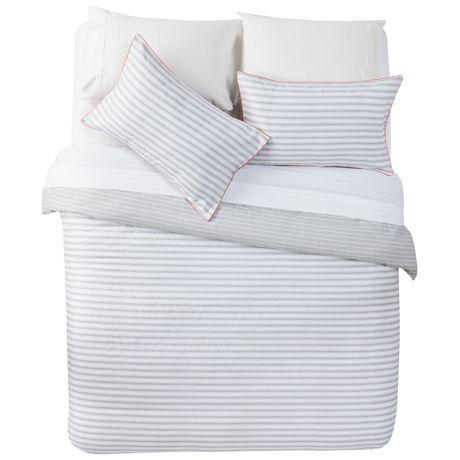 Buckley Queen Quilt Cover Set | Freedom Furniture and Homewares bedroom option