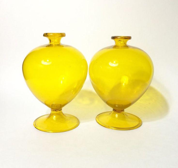 Rare Vittorio Zecchin Yellow Soffiato Murano Glass Vases, 1920s Cappellin Venini